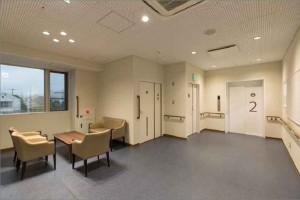 渡辺整形クリニック 2階 エレベーターホール